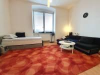 Nemovistost Pronájem bytu 1+kk, ul. Dolní Brána - obývací pokoj